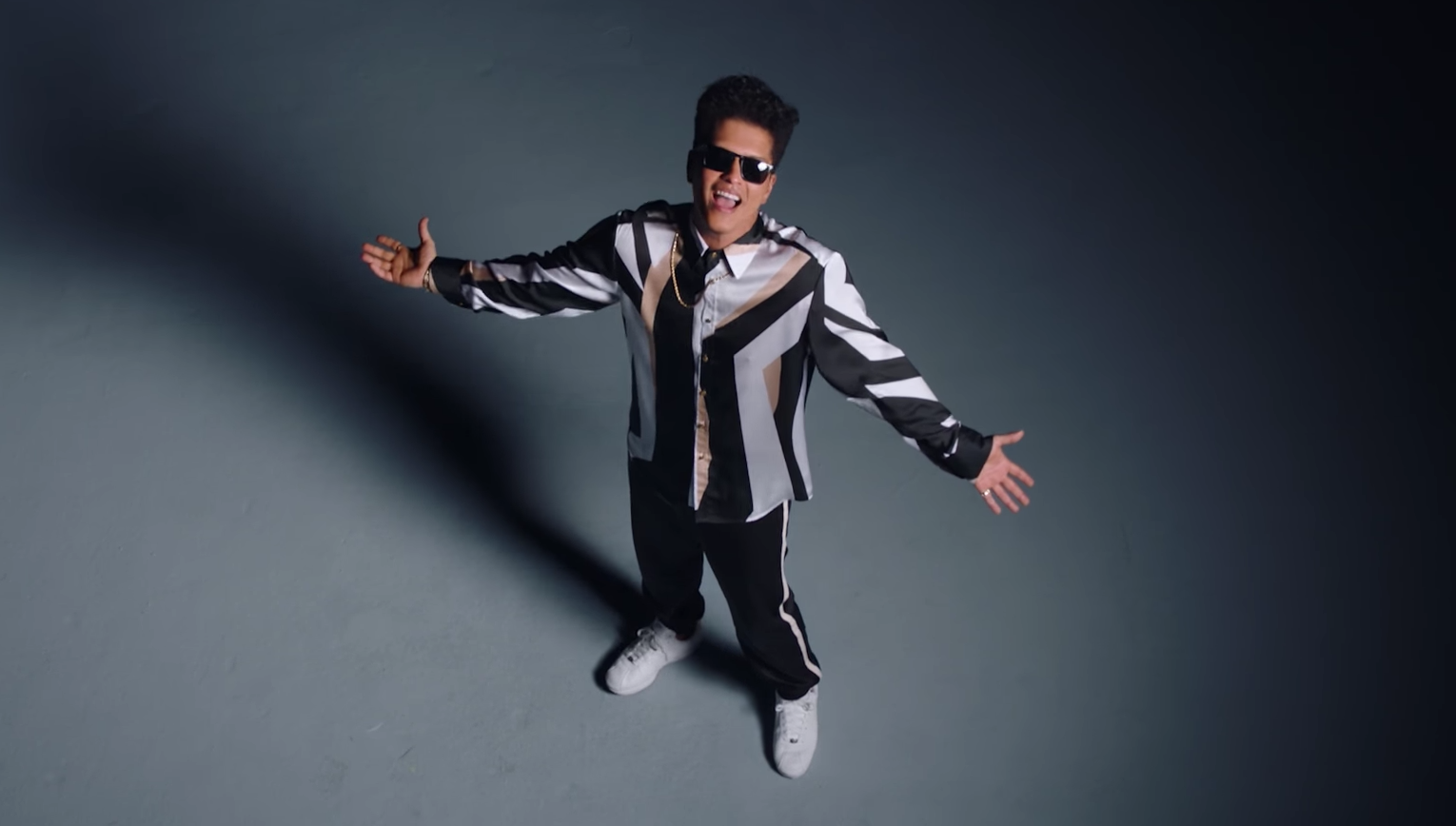 Bruno Mars estrena su nuevo video para That's what I like
