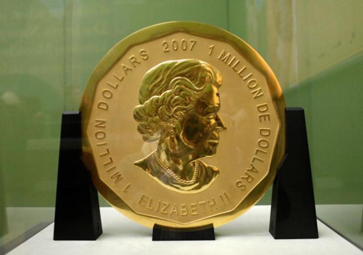 ¡Roban la moneda de oro más grande del mundo!