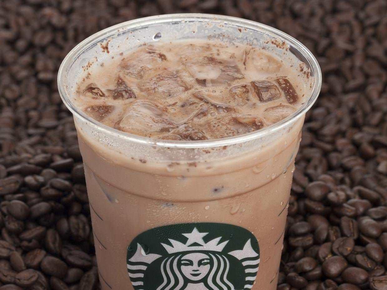 BBC encontró bacterias fecales en el hielo de Starbucks, Nero, Costa