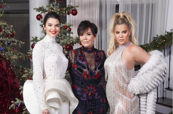 Khloe Kardashian rompe internet foto embarazo