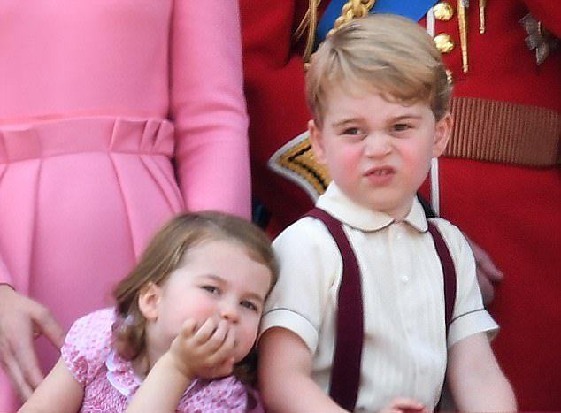 La princesa Carlota y el príncipe Jorge de Cambridge