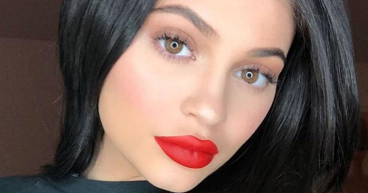 Kylie Jenner dio a luz hija con Travis Scott