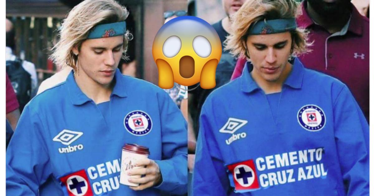 Acaso ese es Justin Bieber con una playera del Cruz Azul