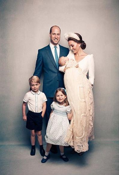 Critican a Kate Middleton mamá por disfraz