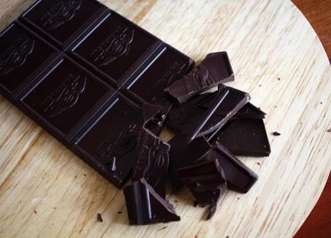 Personas que prefieren el chocolate amargo son malvadas