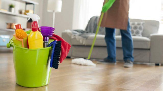 Limpiar casa después de trabajo, malo para la salud: ciencia