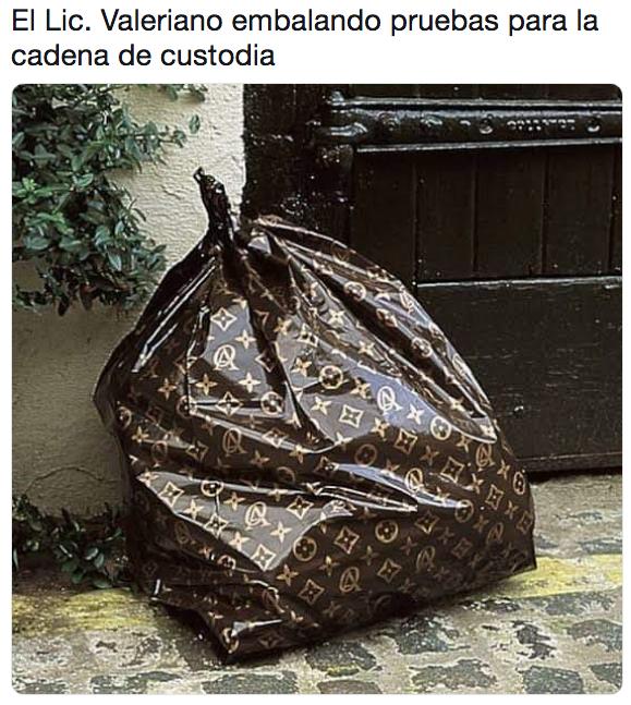 Mejores memes del Licenciado Valeriano y el copyright