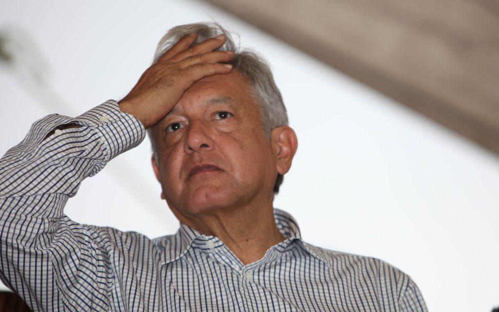 Juan Soler critica forma de gobierno de AMLO y piden que lo expusen de México