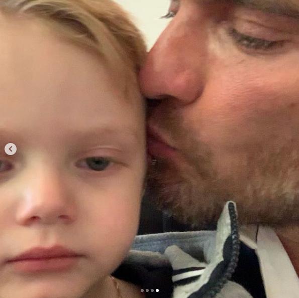 Julián Gil se reencontró con su bebé tras un año sin verse