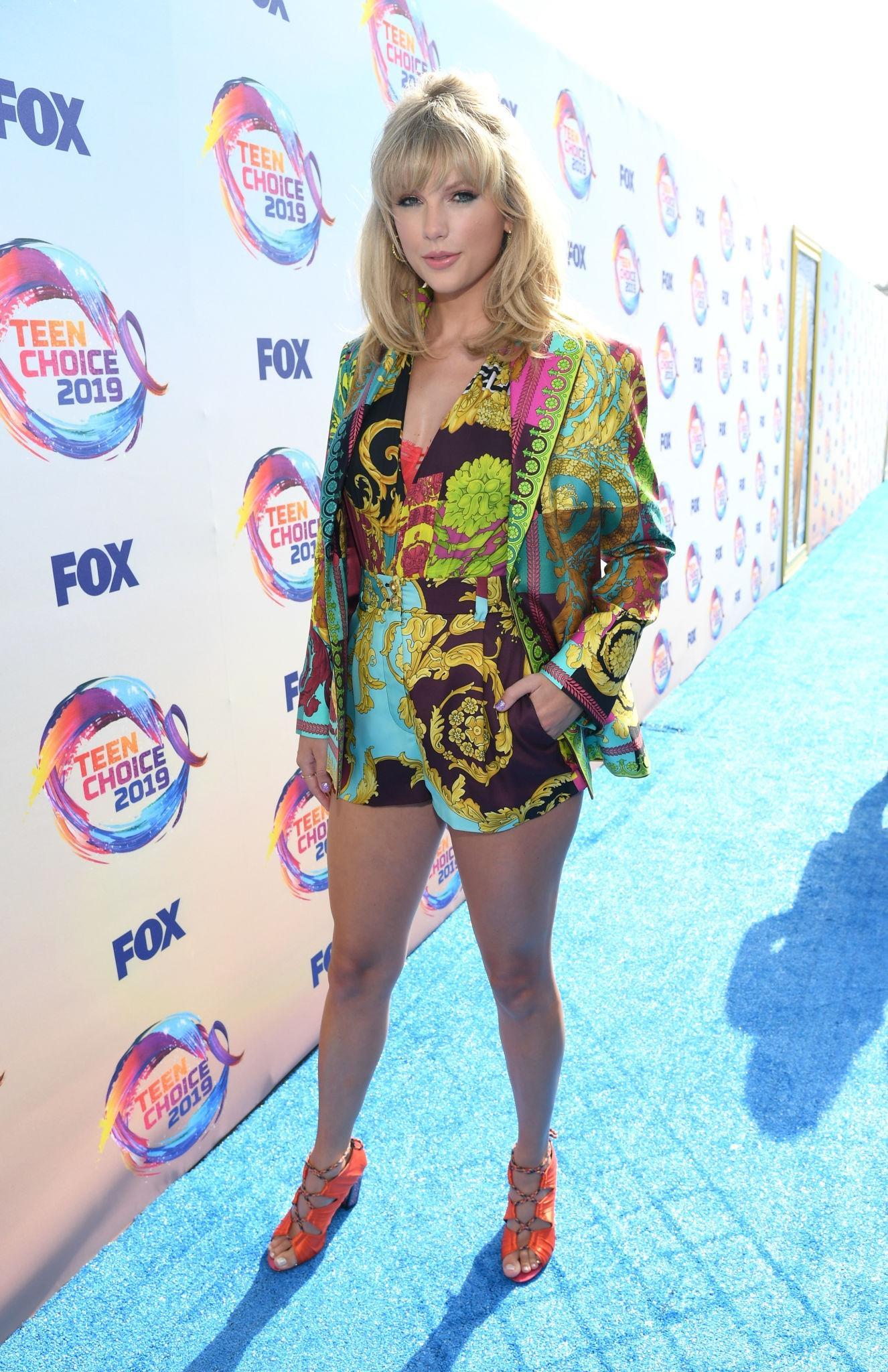 Los mejor y peor vestidos de los Teen Choice Awards 2019