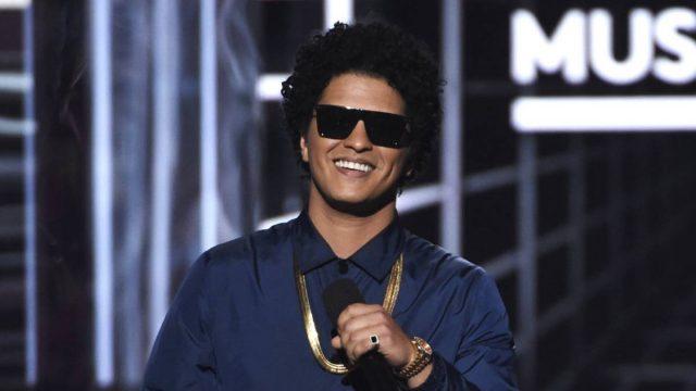 Bruno Mars es un fraude, un mal cantante y había que decirlo